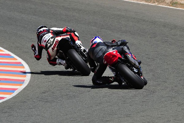 CURSOS CONDUCCION MOTOR EXTREMO