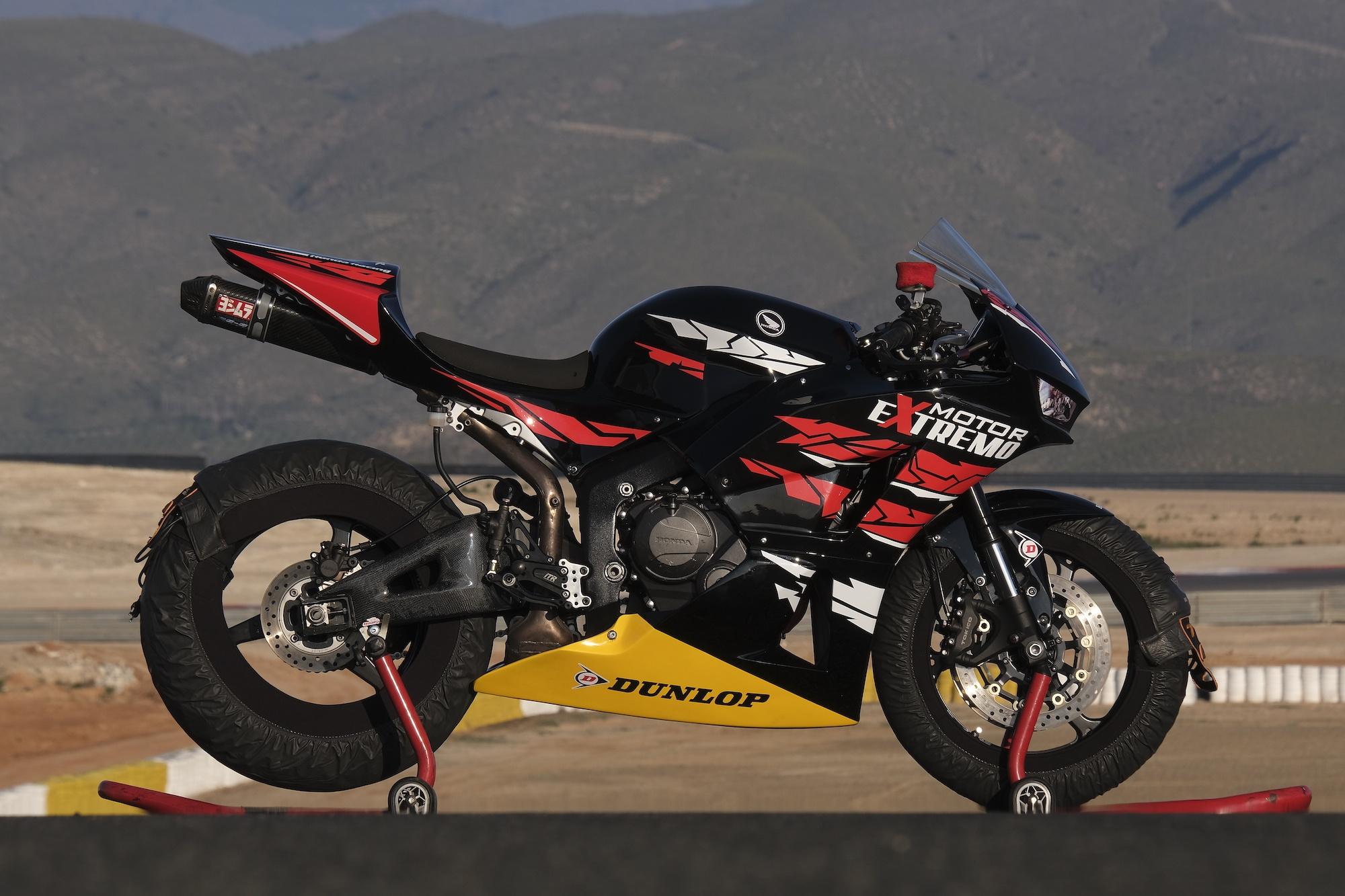 HONDA CBR600RR 2012 - Motor Extremo